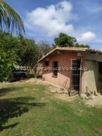 Casa En Ventaen Higuerote, Ciudad Balneario Higuerote, Venezuela, VE RAH: 22-4145