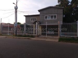 Casa En Ventaen Ciudad Ojeda, La N, Venezuela, VE RAH: 22-5501