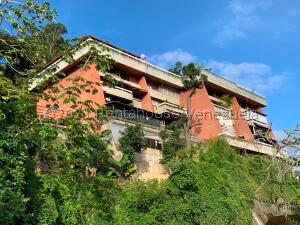 Apartamento En Ventaen Caracas, Los Naranjos Del Cafetal, Venezuela, VE RAH: 22-5509