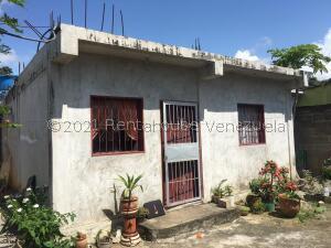 Casa En Ventaen Yaritagua, Municipio Peña, Venezuela, VE RAH: 22-5890