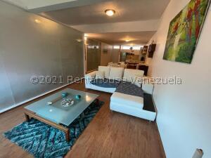 Apartamento En Ventaen Parroquia Caraballeda, Caribe, Venezuela, VE RAH: 22-5822