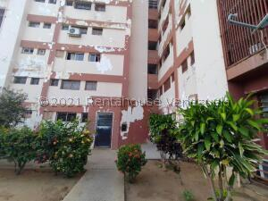 Apartamento En Ventaen Maracaibo, Cuatricentenario, Venezuela, VE RAH: 22-5522