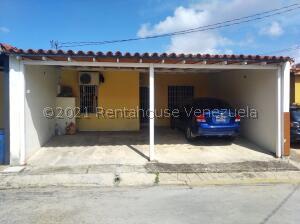 Casa En Ventaen Cabudare, El Amanecer, Venezuela, VE RAH: 22-5527