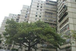 Apartamento En Ventaen Caracas, El Valle, Venezuela, VE RAH: 22-5636