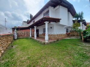 Casa En Ventaen Caracas, La Lagunita Country Club, Venezuela, VE RAH: 22-7039