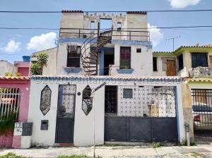 Casa En Ventaen Municipio San Diego, La Esmeralda, Venezuela, VE RAH: 22-5556