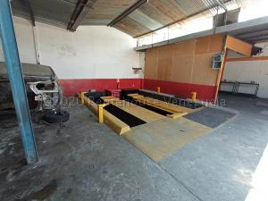 Local Comercial En Ventaen Valencia, San Blas, Venezuela, VE RAH: 22-5560