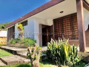 Casa En Ventaen Valencia, Trigal Centro, Venezuela, VE RAH: 22-5587