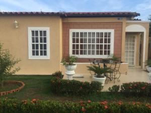 Casa En Ventaen Ciudad Ojeda, Barrio Libertad, Venezuela, VE RAH: 22-5577