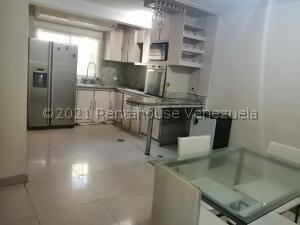 Casa En Ventaen Coro, Sector Los Orumos, Venezuela, VE RAH: 22-5584