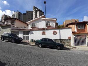 Casa En Ventaen Caracas, Los Naranjos Del Cafetal, Venezuela, VE RAH: 22-5596