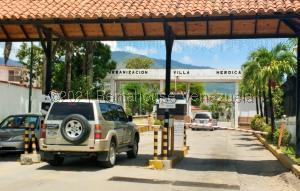 Casa En Ventaen Guatire, Villa Heroica, Venezuela, VE RAH: 22-5611
