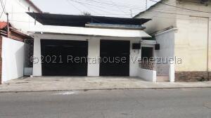 Casa En Ventaen La Victoria, Centro, Venezuela, VE RAH: 22-5616