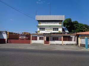 Edificio En Ventaen Acarigua, Centro, Venezuela, VE RAH: 22-5618