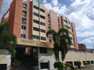 Apartamento En Ventaen Municipio Naguanagua, Tazajal, Venezuela, VE RAH: 22-5621