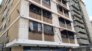 Apartamento En Ventaen Caracas, Altamira, Venezuela, VE RAH: 22-5632