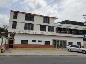 Local Comercial En Alquileren Maracay, La Cooperativa, Venezuela, VE RAH: 22-5628