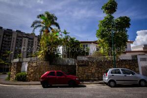 Casa En Ventaen Caracas, Los Naranjos Del Cafetal, Venezuela, VE RAH: 22-4934