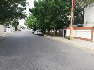 Terreno En Ventaen Cabimas, Nueva Delicias, Venezuela, VE RAH: 22-5693