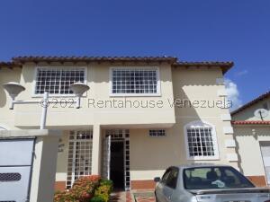 Casa En Ventaen Guatire, Villas De Buenaventura, Venezuela, VE RAH: 22-5698