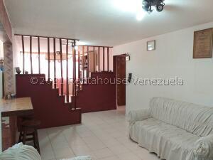 Apartamento En Ventaen Coro, Sector Bobare, Venezuela, VE RAH: 22-5706