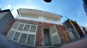 Galpon - Deposito En Ventaen Barquisimeto, Centro, Venezuela, VE RAH: 22-5729