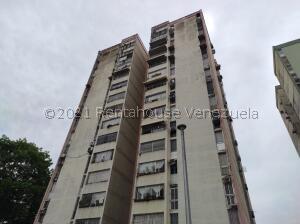 Apartamento En Ventaen Valencia, Los Nisperos, Venezuela, VE RAH: 22-5772