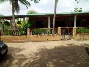 Casa En Ventaen Boca De Uchire, La Mora I, Venezuela, VE RAH: 22-5795