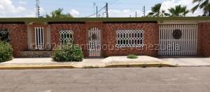 Casa En Ventaen Maracaibo, La Rotaria, Venezuela, VE RAH: 22-5820
