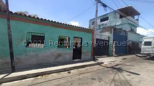 Casa En Ventaen Barquisimeto, Parroquia Union, Venezuela, VE RAH: 22-5842