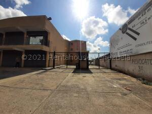 Apartamento En Ventaen Municipio Los Guayos, Paraparal, Venezuela, VE RAH: 22-5941