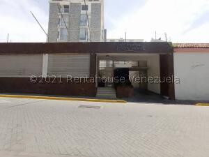 Apartamento En Ventaen Barquisimeto, Centro, Venezuela, VE RAH: 22-5862