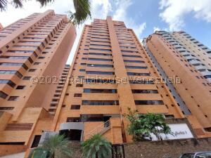 Apartamento En Ventaen Valencia, La Trigaleña, Venezuela, VE RAH: 22-5885