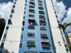 Apartamento En Ventaen Caracas, El Valle, Venezuela, VE RAH: 22-5984