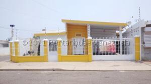 Casa En Ventaen Maracaibo, Las Lomas, Venezuela, VE RAH: 22-5898