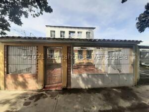 Casa En Ventaen Cabudare, El Trigal, Venezuela, VE RAH: 22-5947