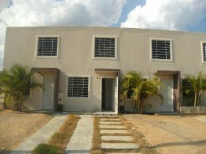 Casa En Ventaen Barquisimeto, Terrazas De La Ensenada, Venezuela, VE RAH: 22-5961