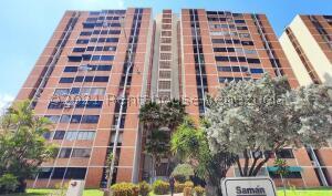 Apartamento En Ventaen Maracay, Bosque Alto, Venezuela, VE RAH: 22-5969