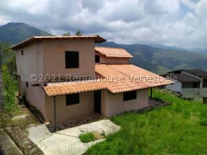 Terreno En Ventaen Municipio Naguanagua, La Entrada, Venezuela, VE RAH: 22-5976