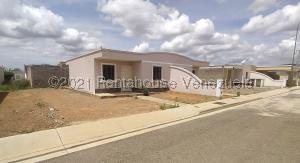 Casa En Ventaen Barquisimeto, Roca Del Norte, Venezuela, VE RAH: 22-5986