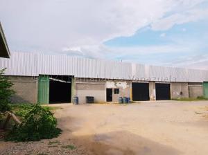 Galpon - Deposito En Ventaen Carora, Municipio Torres, Venezuela, VE RAH: 22-6042