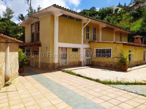 Casa En Ventaen San Antonio De Los Altos, El Picacho, Venezuela, VE RAH: 22-6105
