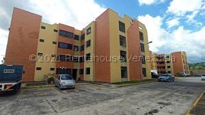Apartamento En Ventaen Turmero, Zona Centro, Venezuela, VE RAH: 22-6106