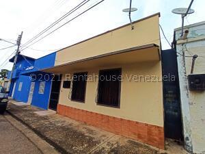Casa En Ventaen Calabozo, Casco Central, Venezuela, VE RAH: 22-6401