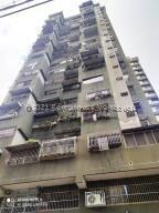 Apartamento En Ventaen Caracas, Parroquia La Candelaria, Venezuela, VE RAH: 22-6206