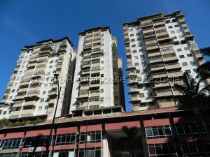 Apartamento En Ventaen Los Teques, Municipio Guaicaipuro, Venezuela, VE RAH: 22-6537