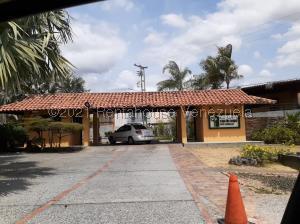 Casa En Ventaen Araure, Casa De Campo, Venezuela, VE RAH: 22-6229