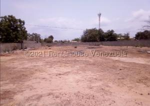 Terreno En Ventaen Cabimas, Cumana, Venezuela, VE RAH: 22-6299
