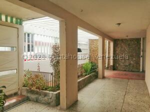 Casa En Ventaen Maracaibo, San Miguel, Venezuela, VE RAH: 22-6339