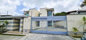 Casa En Ventaen Caracas, La Lagunita Country Club, Venezuela, VE RAH: 22-6354